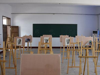 音乐、美术教室